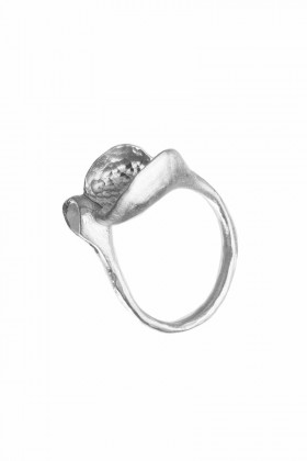 Delicate silver ring