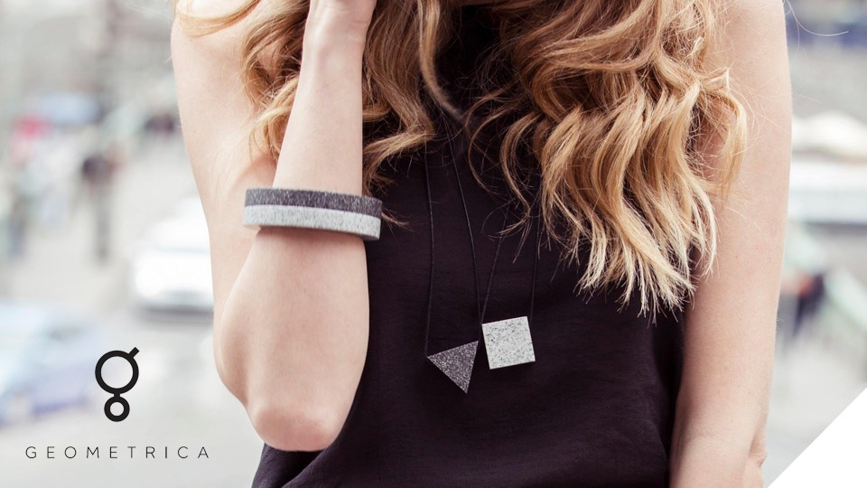 Geometrica - minimalistické šperky z Corianu