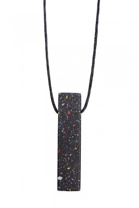 Black necklace rectangle